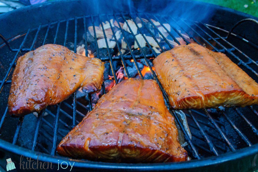 smoked salmon with fresh dill sauce 3