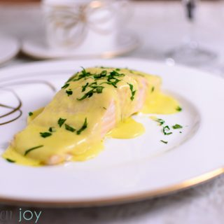 salmon, hollandaise, fish course, downton abbey dinner party recipe,