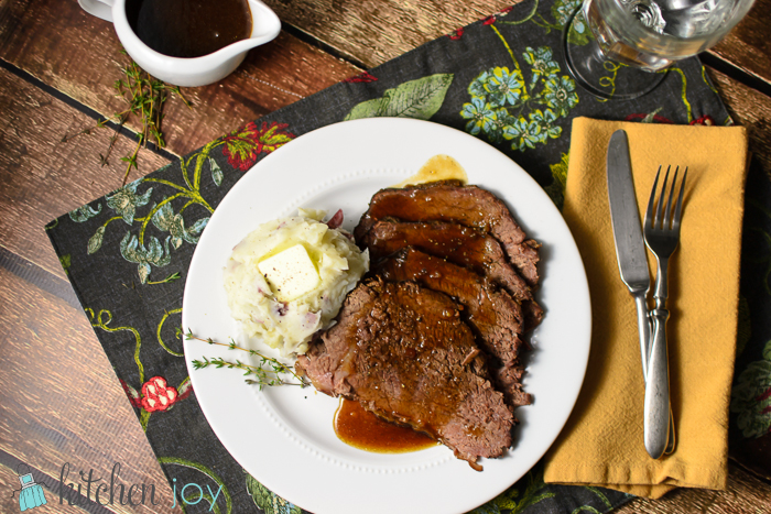 Slow-Cooker Roast Beef with Red Wine Sauce - Kitchen Joy®