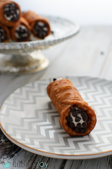 Cannoli with Ricotta Mascarpone Cream