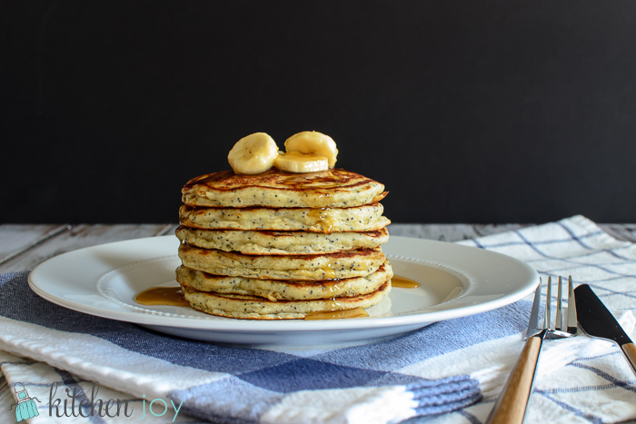 Banana-Poppy-seed-Pancakes with Caramel-Banana Syrup