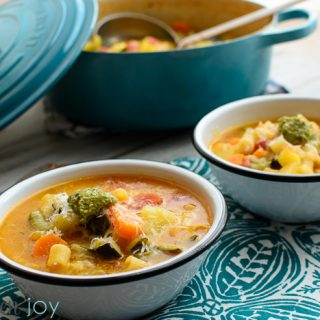 Minestrone with Pesto - Kitchen Joy