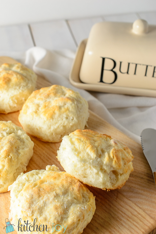 Fluffy Buttermilk Biscuits - Kitchen Joy