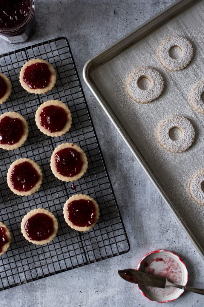 linzer cookies ready to assemble